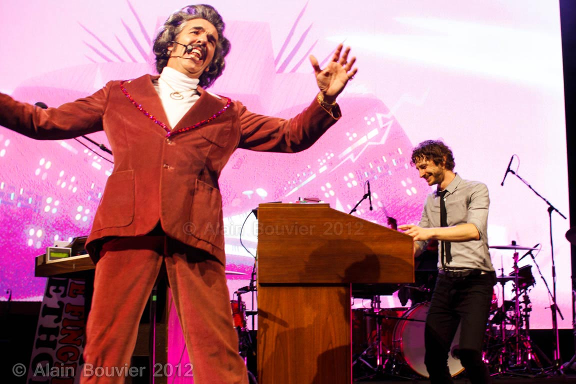 Gotye riverstage low res-25web